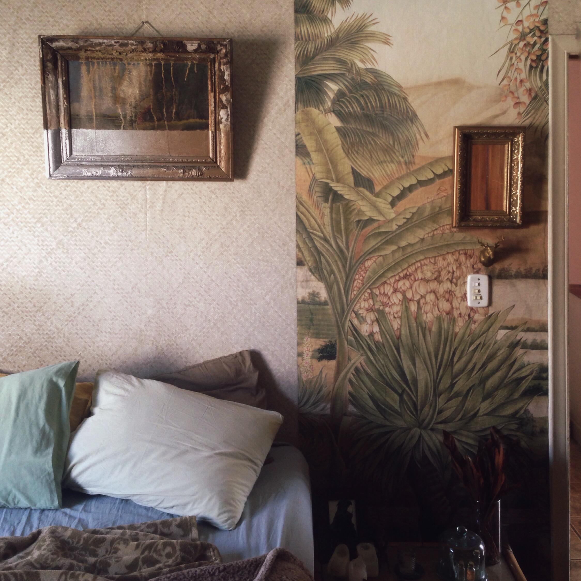 01-old-bedroom.jpg