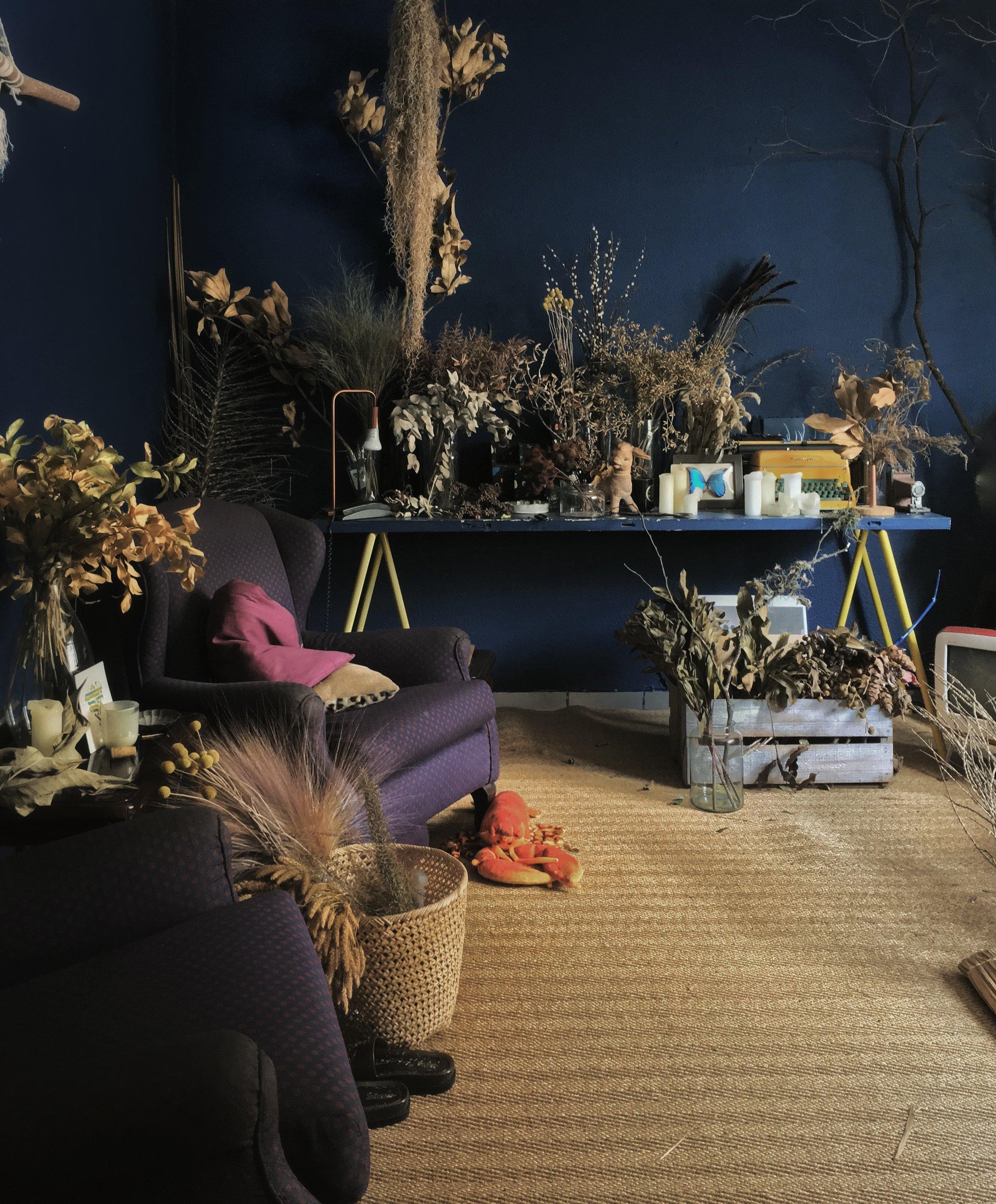 09-old-livign-room.jpg