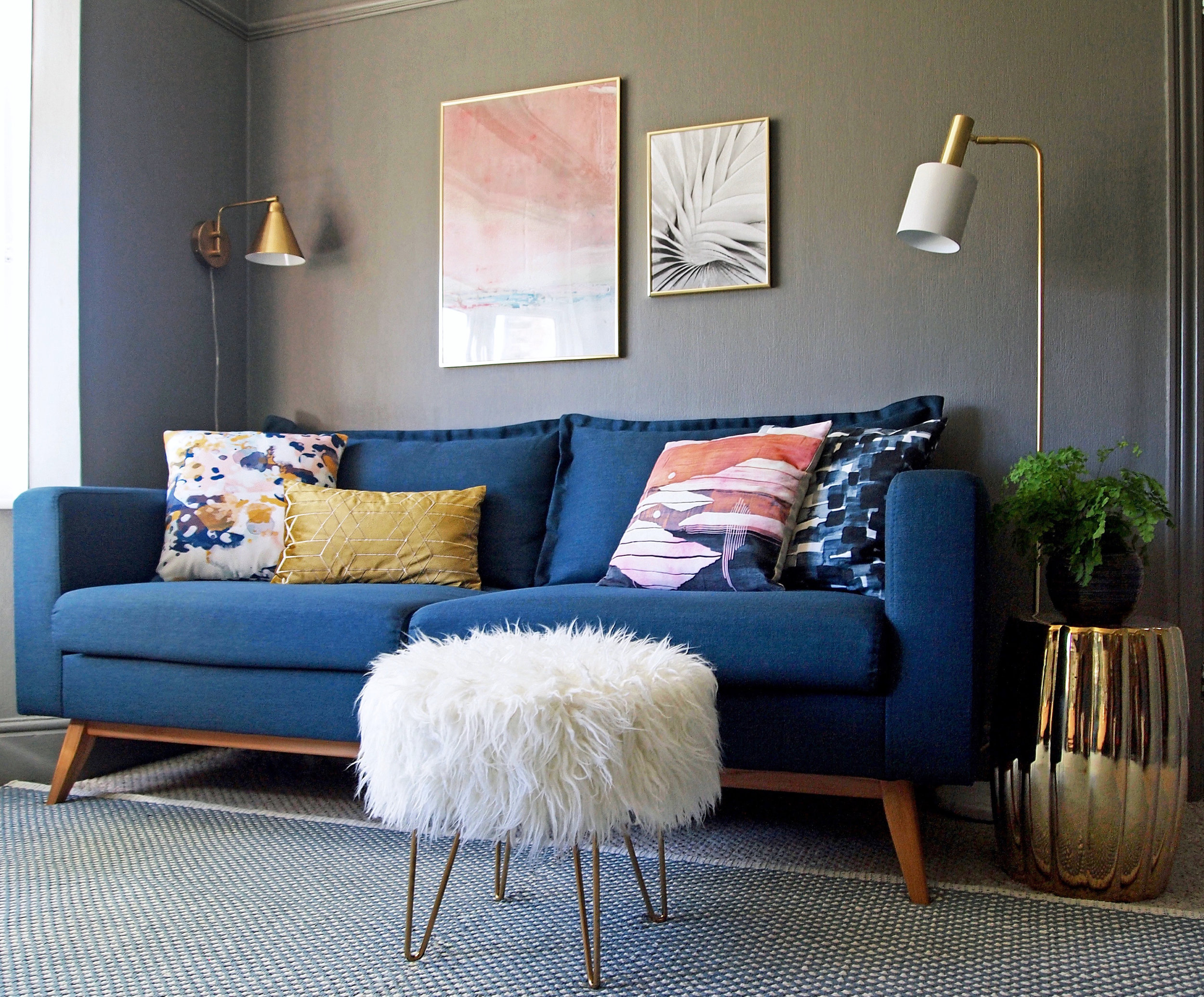 Living room - copyright Meera Pendred 2017 (2).jpg