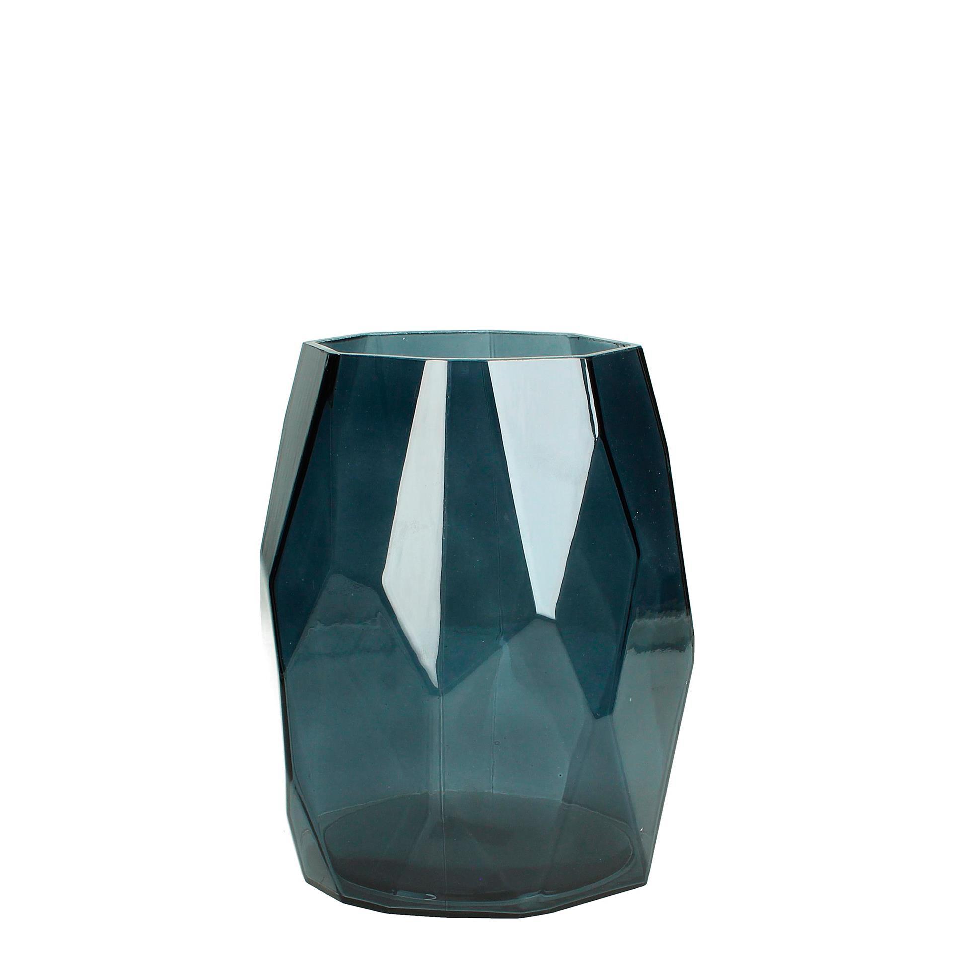 30003830_Glass faceted vase.jpg