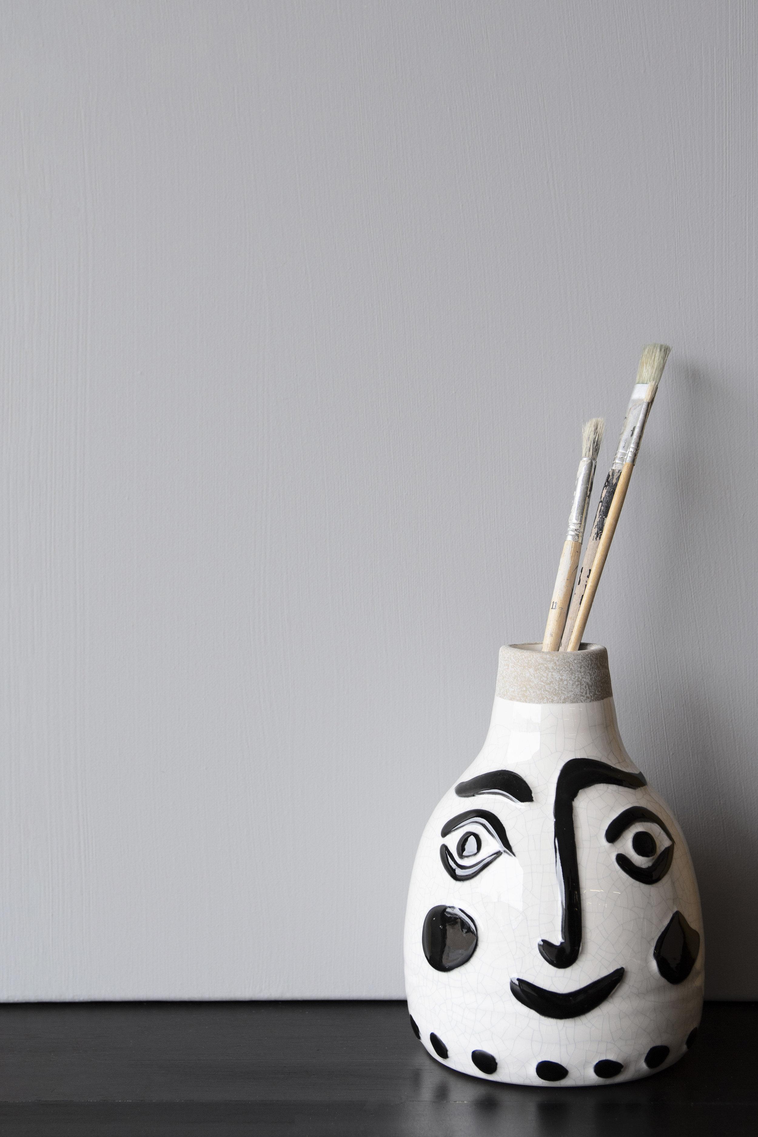 rockettstgeorge_Rockett St George Chalky Emulsion Paint - Gladstone Grey_lifestyle_highres.jpg