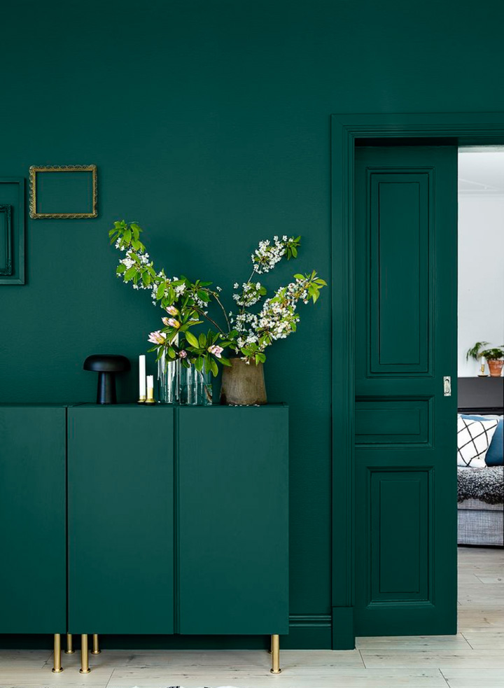 Green Sofablog Homedecorating With, Dark Green Walls Living Room Ideas