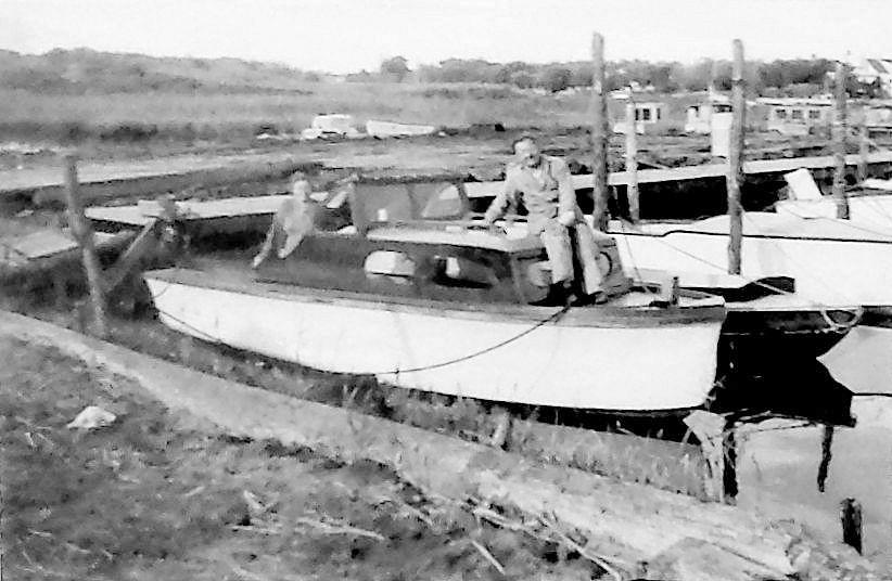 Old Boat 1.jpg
