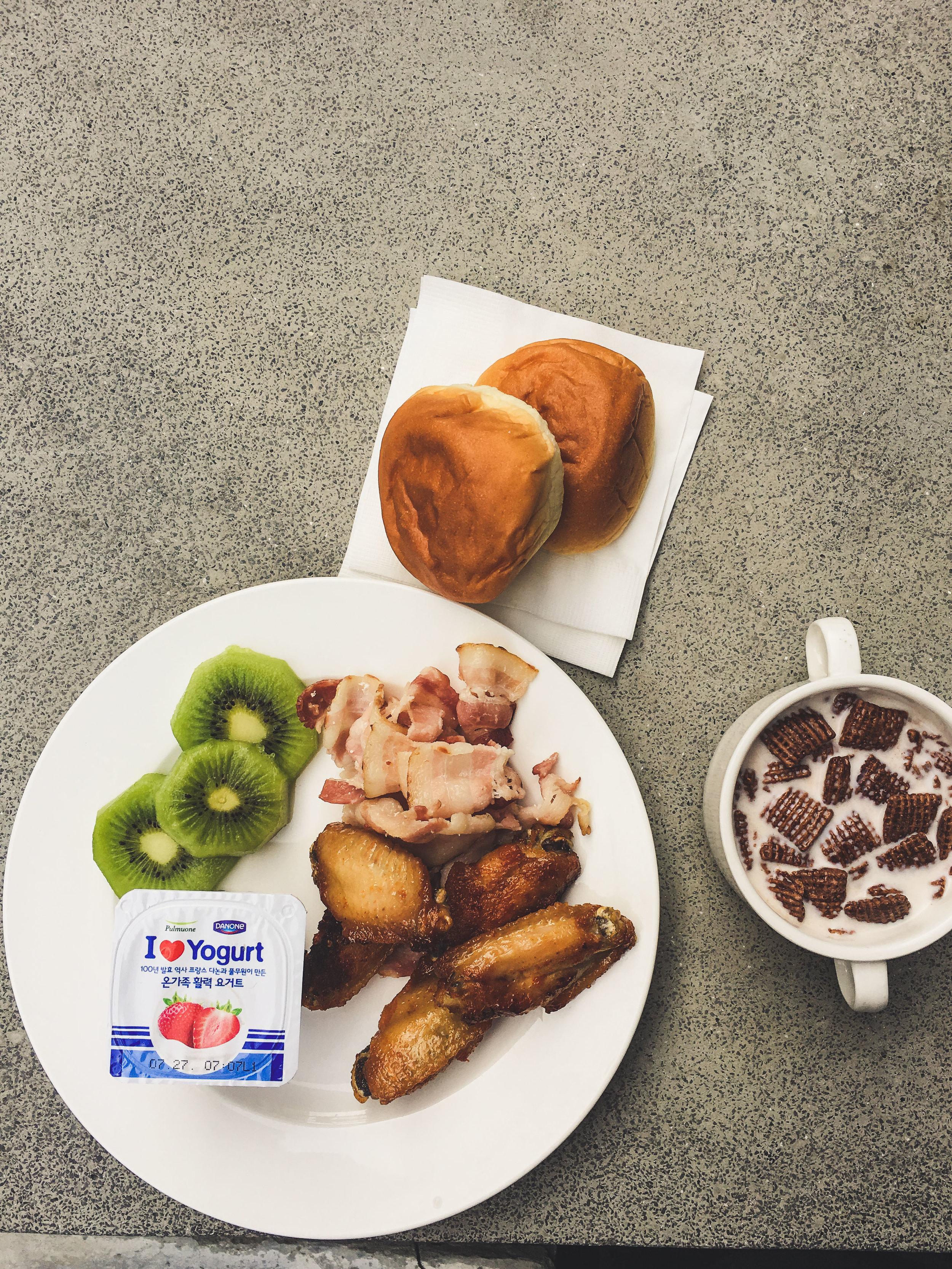 Breakfasts and Lunch Korea-3.jpg