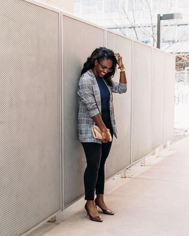 NEW BLOG POST - Tips and Tricks for a Productive Day! Because productivity is a deliberate action to get things done! ✅ 💪🏾✍🏾 | Also, the oversized blazer trend is everywhere and this one is only $36! The perfect light layer for spring! Find it and all the pieces I'm wearing at the link in my bio! #ladyoutloud #productivity . . . . . . . #corporatestyle #desktodinner #corporatechic #styleinfluencer #everydaystyle #realgirlstyle #workwear #blackprofessionals #weekdaywear #corporatewear #bossbabe #weartowork #businessprofessional #businesscasual #leggings #fashionlover #trend #blazer #spring2019