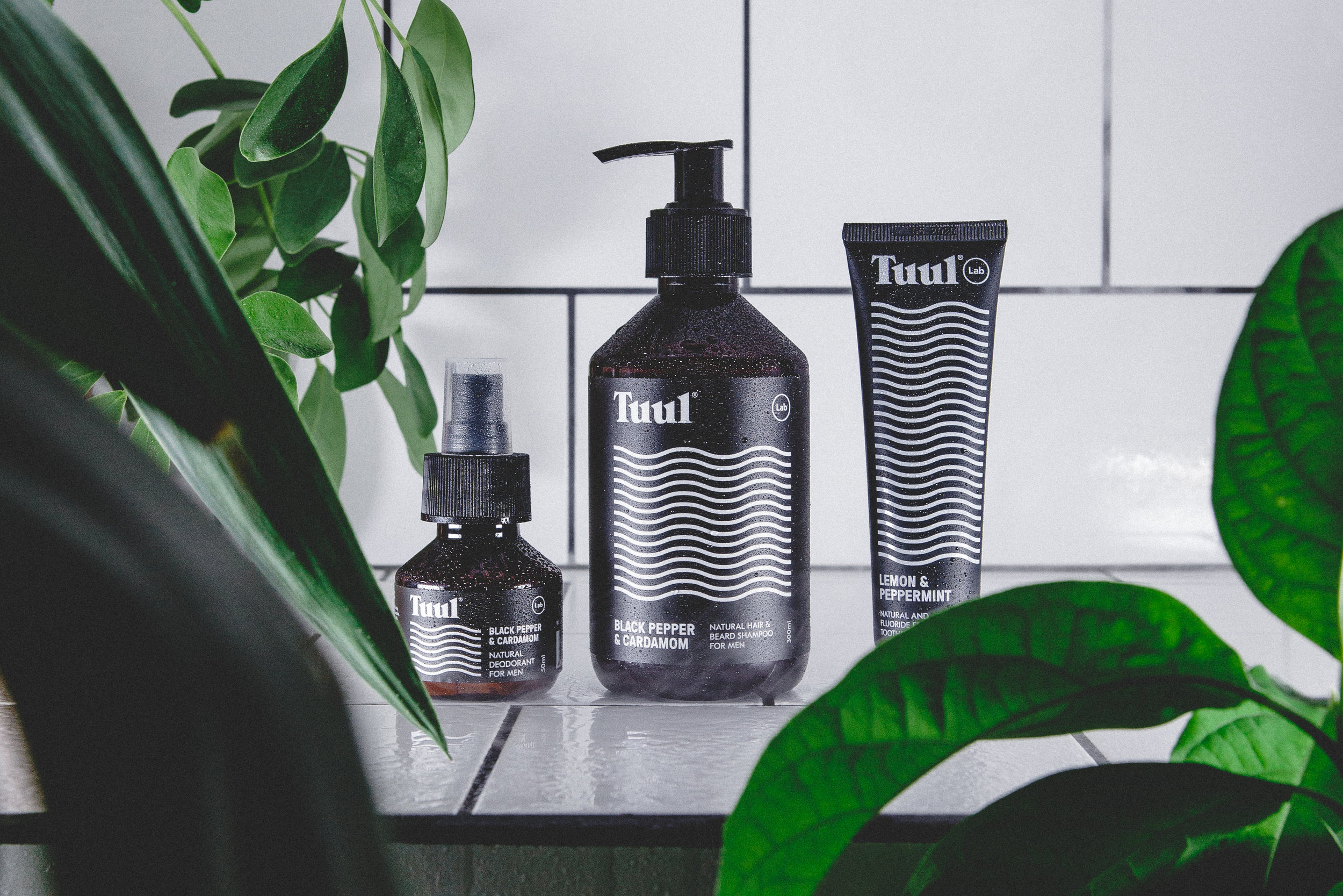 Simplify your life with our organic skincare products for men.