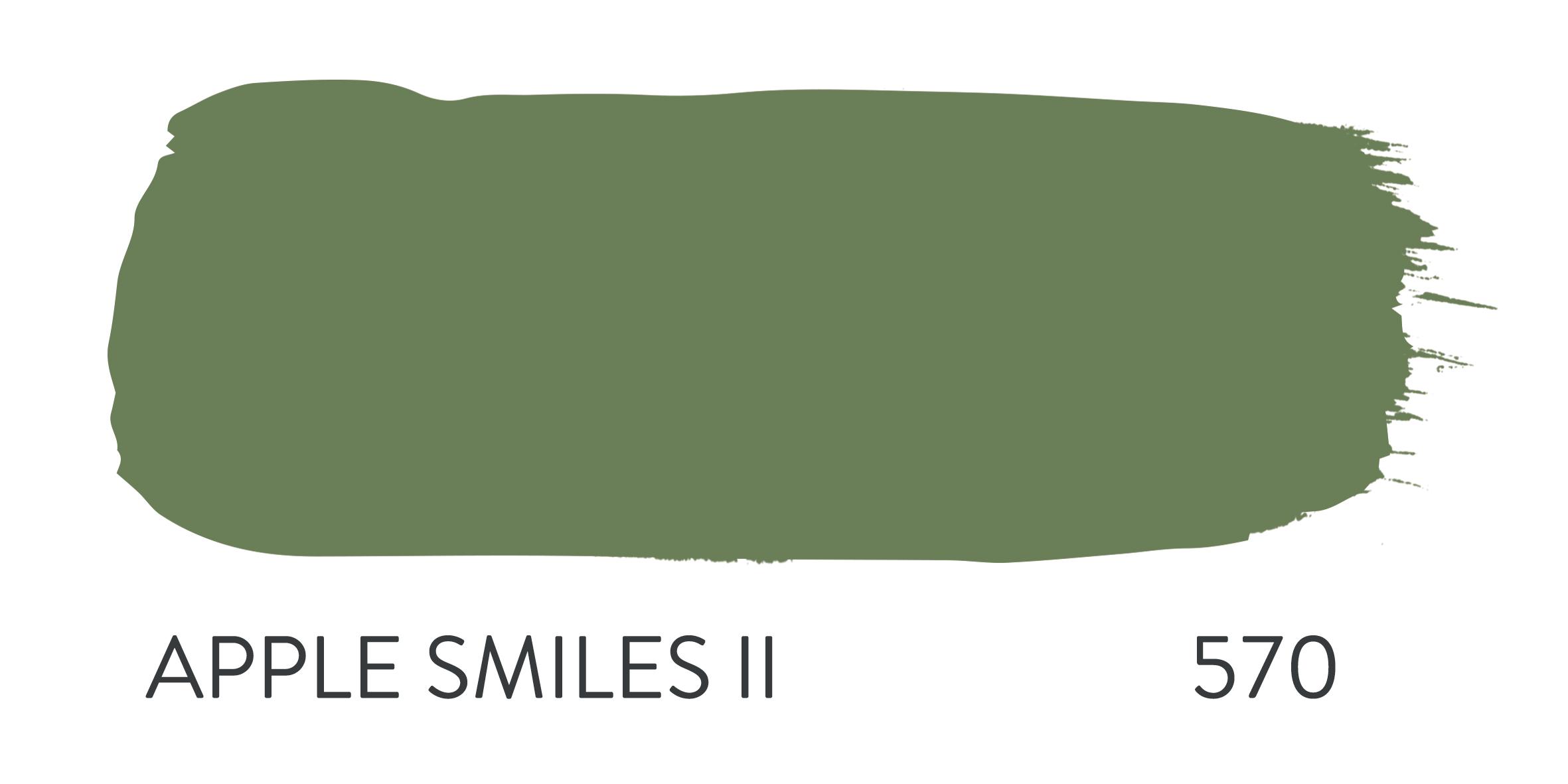 APPLE SMILES II 570.jpg