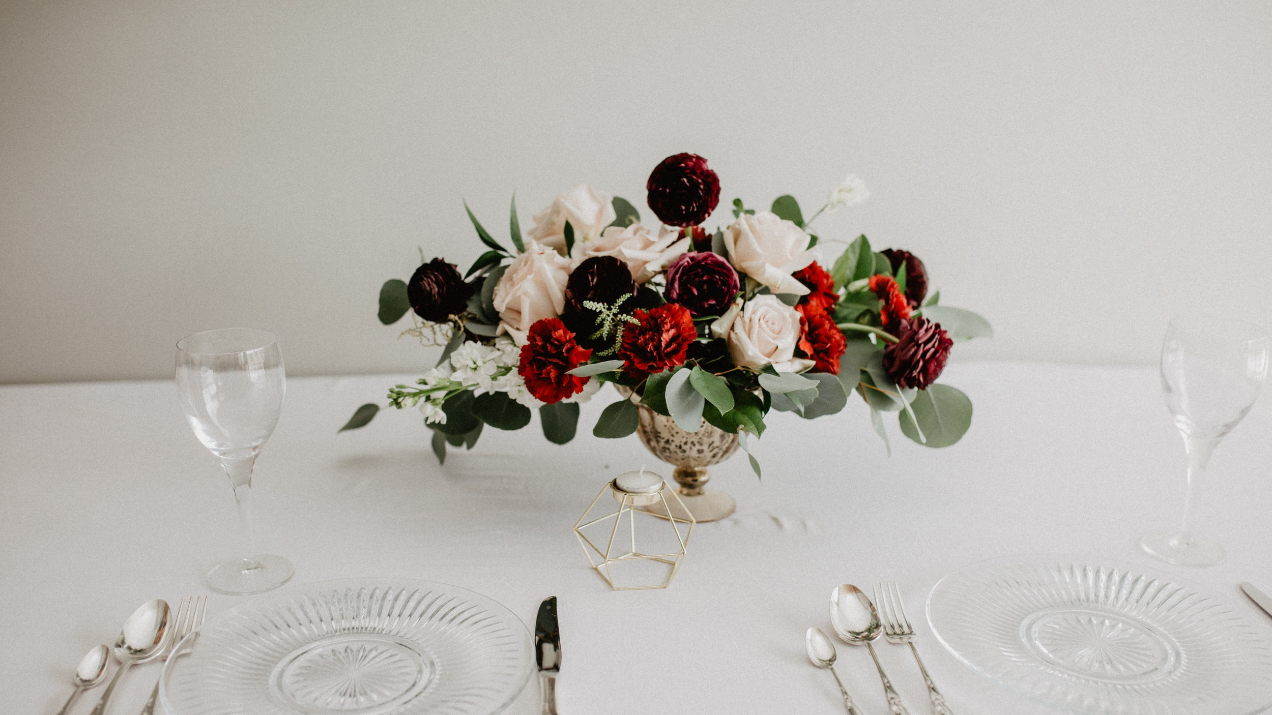 ROMANTIC BURGUNDY FLORAL ARRANGEMENT