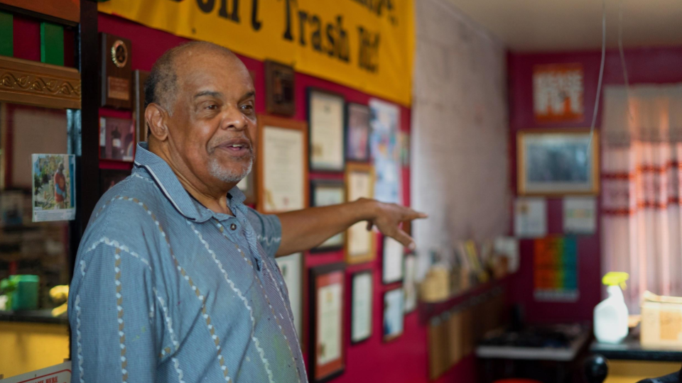 Environmental activist Glenn Ross leads Toxic Tours of Baltimore, where he discusses environmental racism and the consequences of climate change (Otto Blais-Nelson).