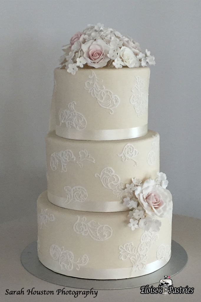 Simply White Floral Cake