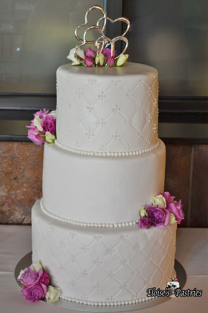 Simple Quilted Textured Cake