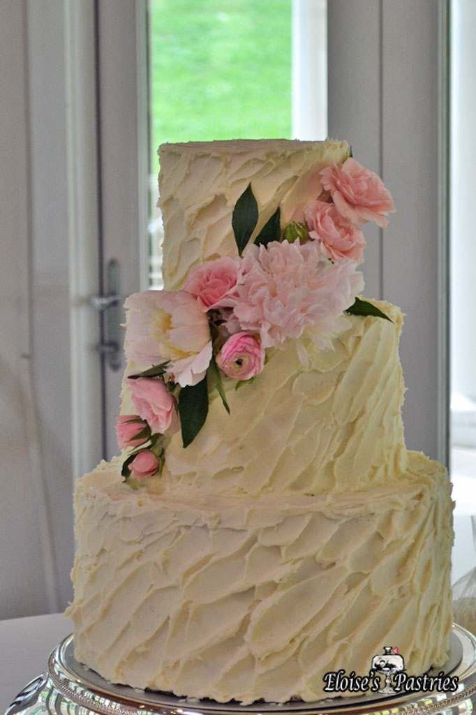 Simple Floral Textured Cake