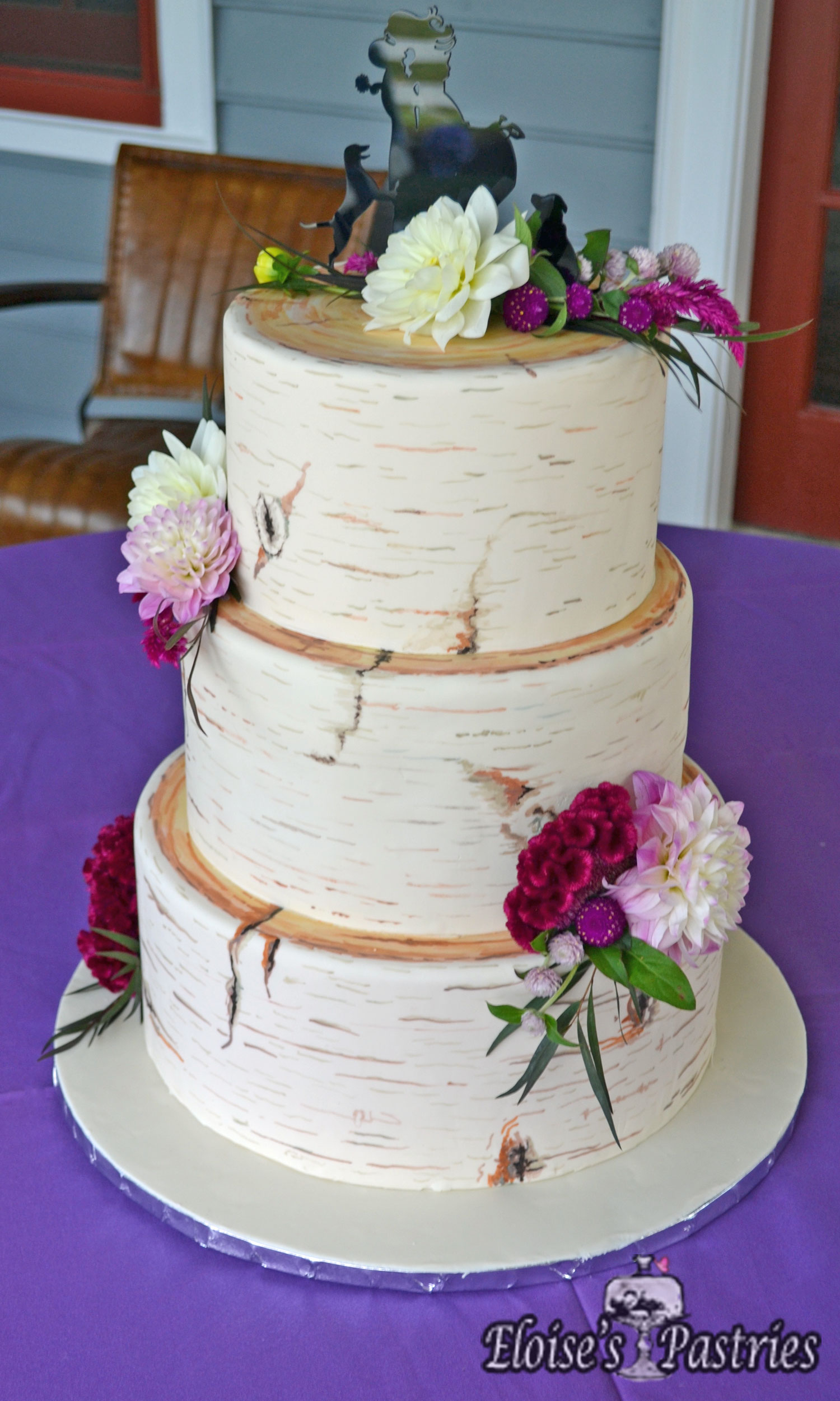 Rustic Wedding Cake Design with Flowers