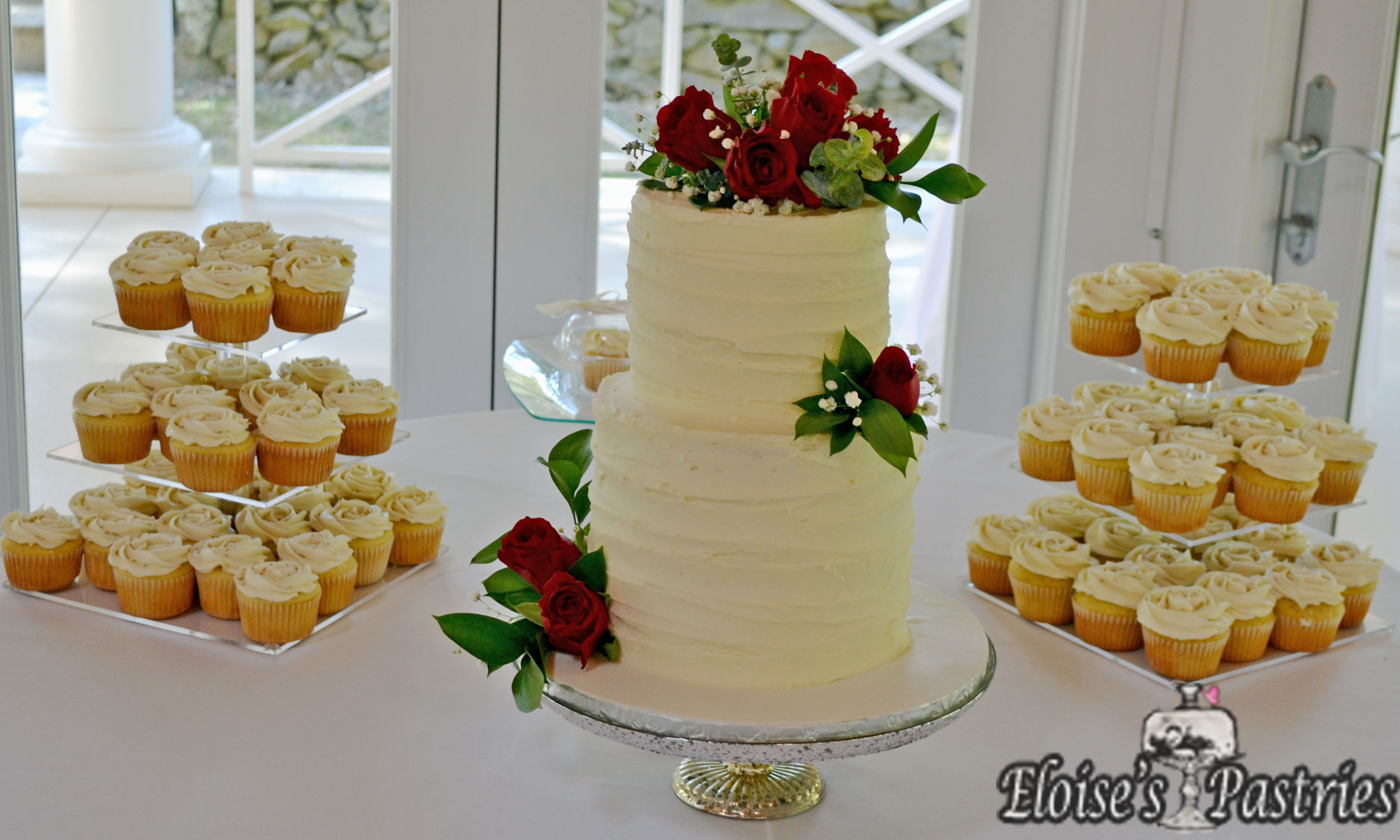 Winter Two Tier Wedding cake with Cupcakes