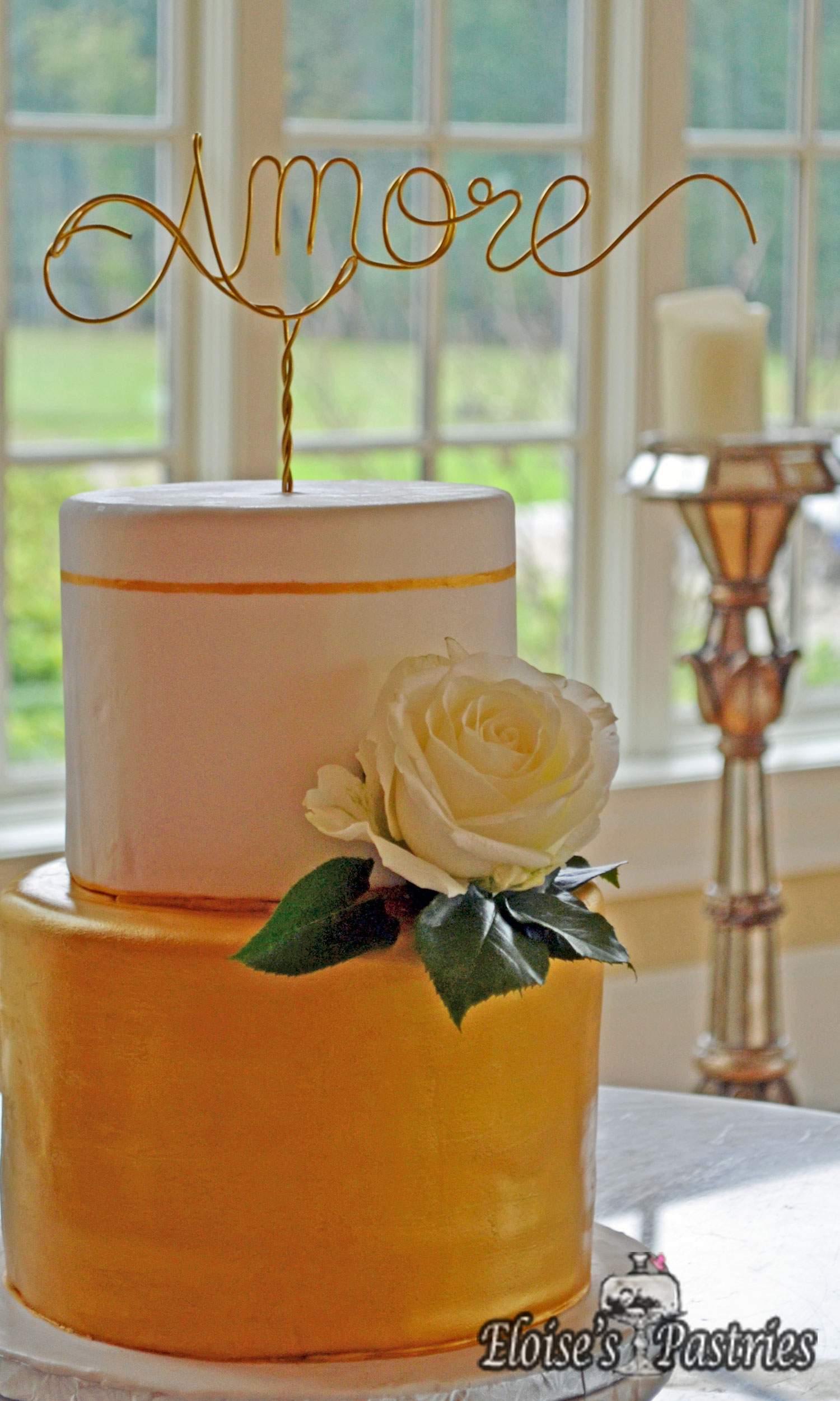 Elegant and Modern Gold Two Tier Wedding Cake