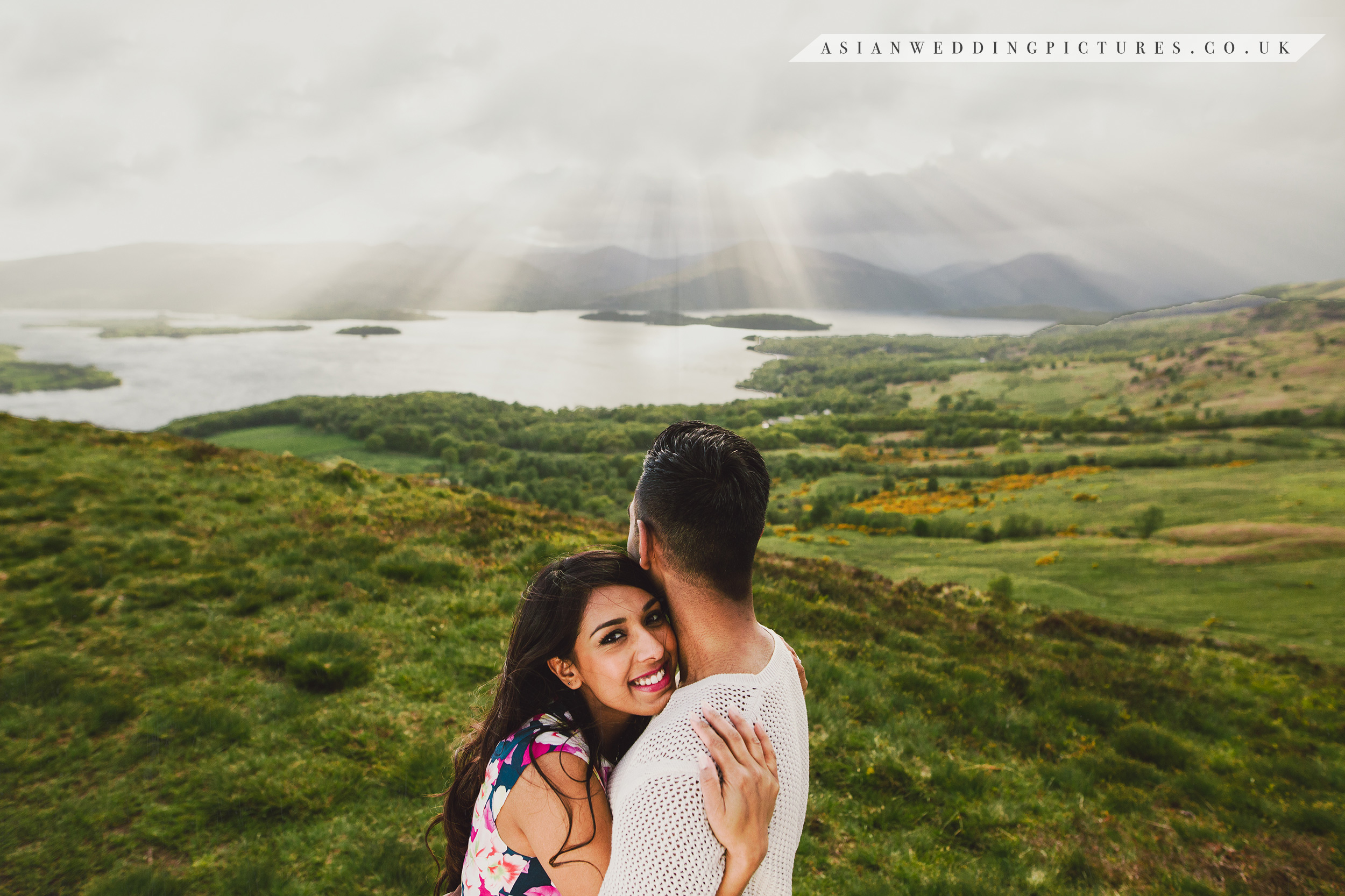 It's your wedding, your story. We don't get in the way and we never take the focus away from you - Asian Wedding Pictures