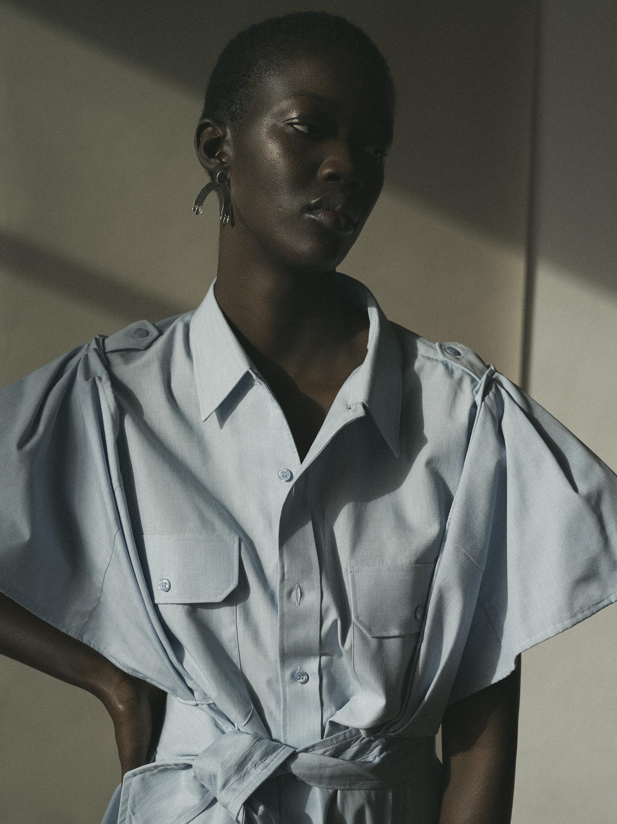 Oversized blouse  MOBENCHELLAL.  Opposite: Shirt  Schuellerdewaal