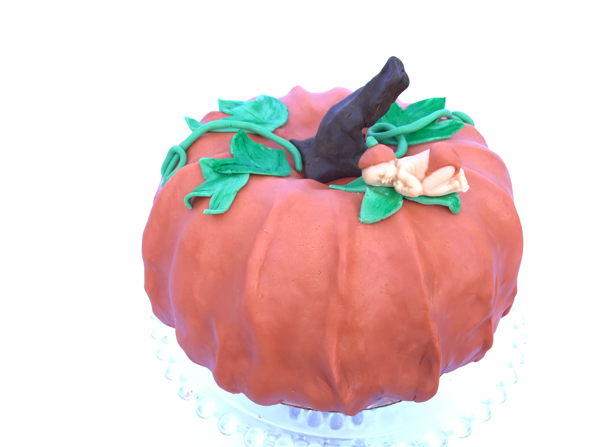 Beneath the Crust: How to Make a pumpkin-shaped Cake