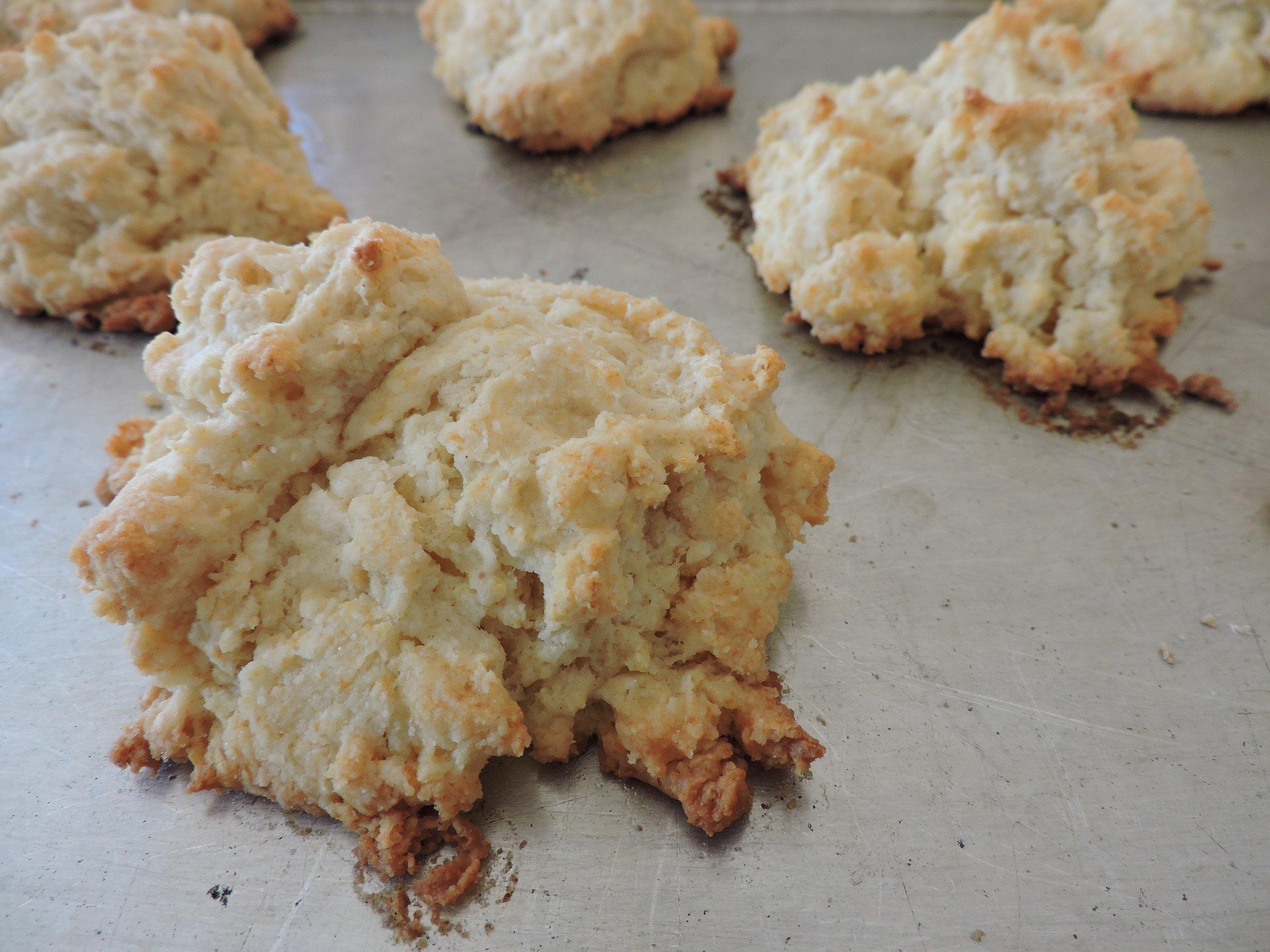 beneaththecrust.biscuits