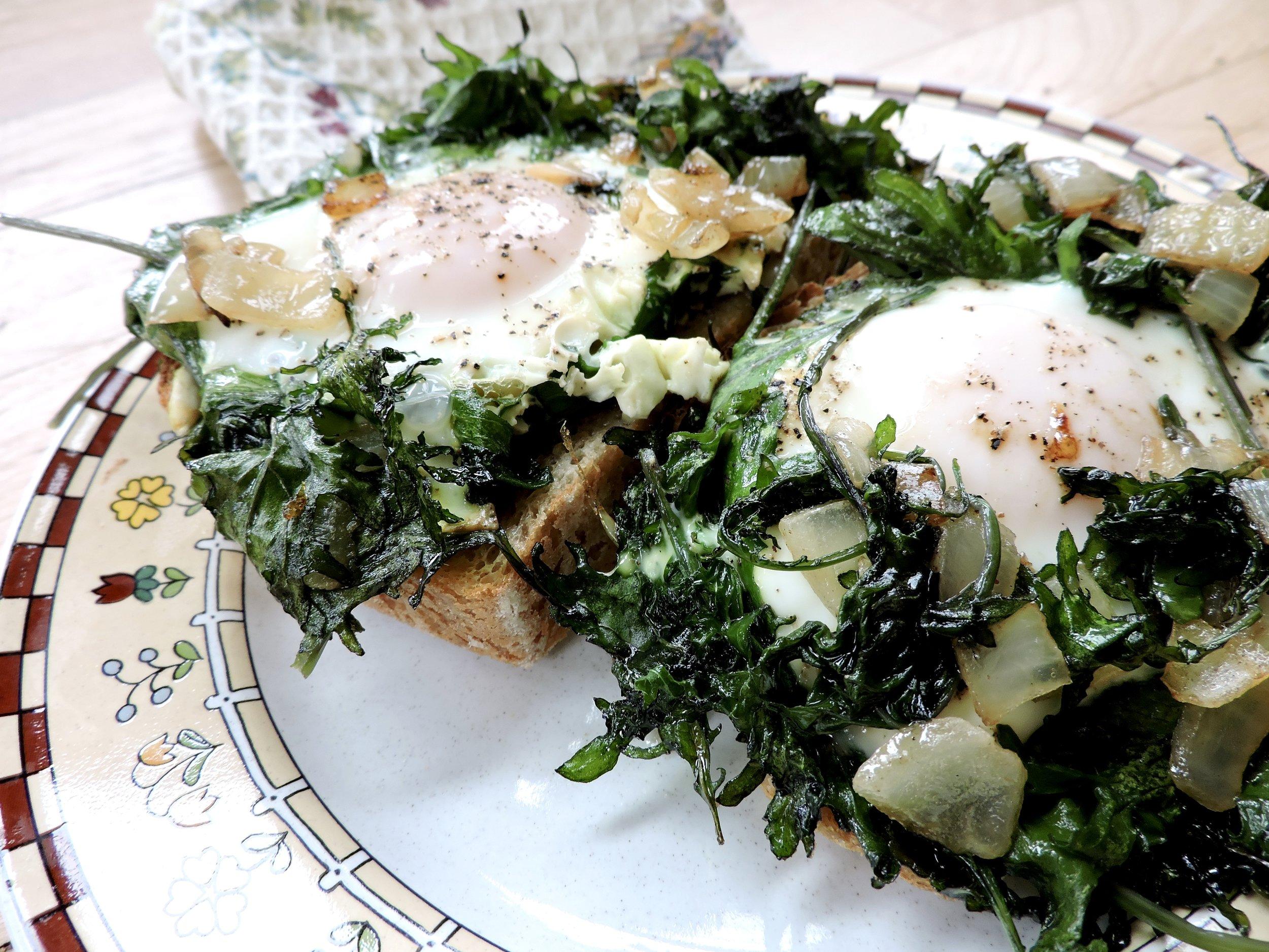 beneaththecrust.kale&eggs