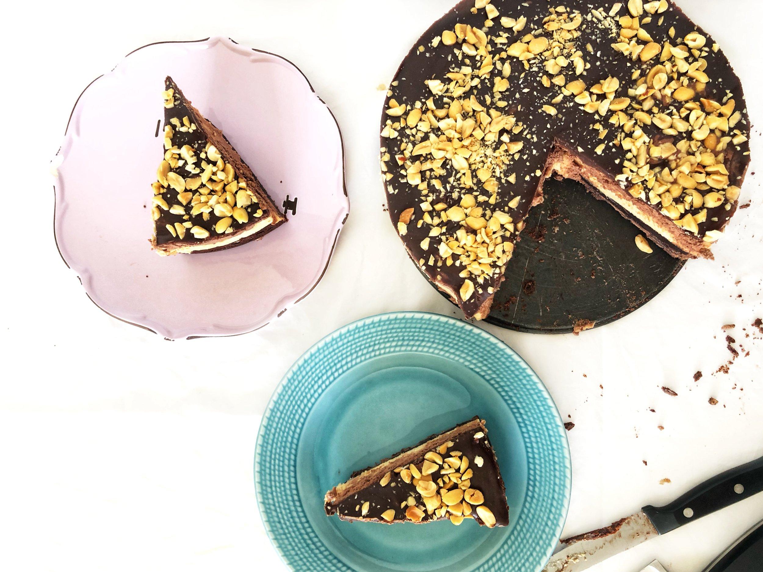 beneath the crust: chocolate peanut butter pie