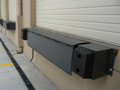 Edge Of dock Leveler Mechanical Hydraulic