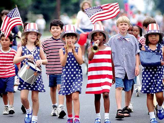 southport4th-of-July-Children-at-a-Paradse.jpg