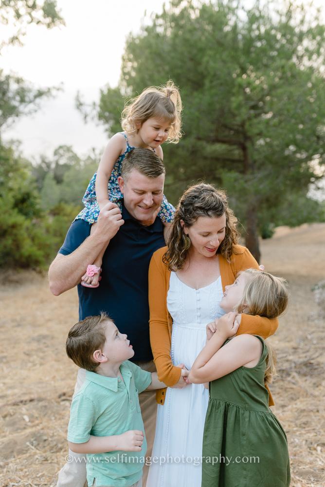 outdoor family photoshoot Redondo Beach
