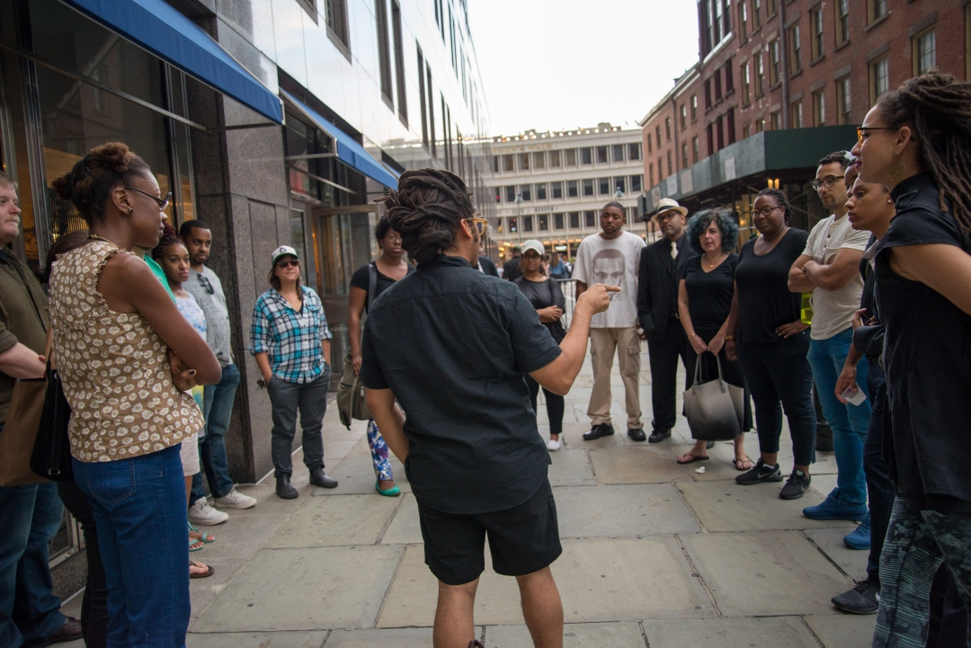 https://hyperallergic.com/406961/a-new-york-walking-tour-uncovers-hidden-histories-of-slavery-and-struggle/