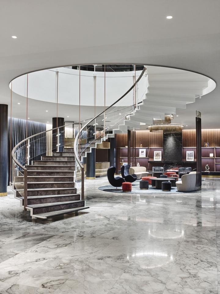 https://hyperallergic.com/429317/arne-jacobsen-royal-hotel-copenhagen-modernist-architecture-restoration/
