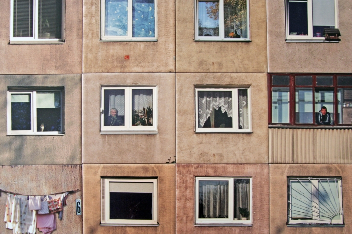 https://hyperallergic.com/433515/gyva-grafika-lithuania-soviet-panel-buildings-bathroom-tiles/