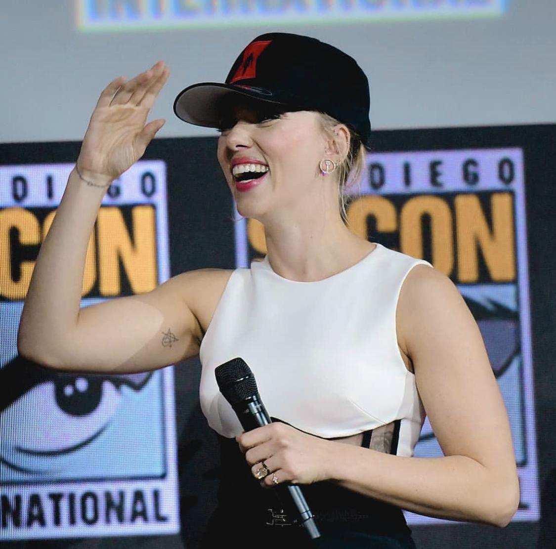 Scarlett Johansson wearing the Fifi Princess Earrings at the Marvel Studios Panel during Comic-Con International on July 20th in San Diego, California