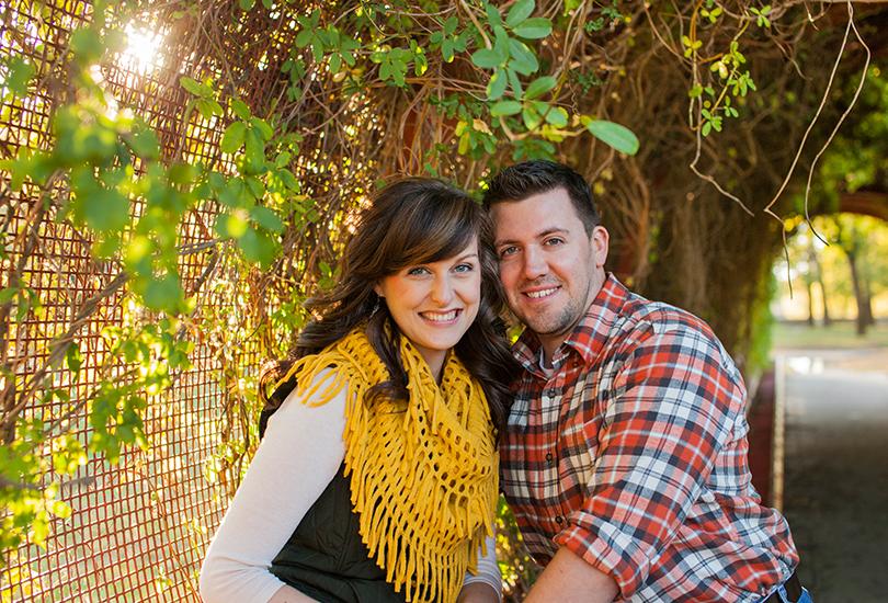 Columbus-Indiana-engagement-portrait-photographer-couple-mill-race-park.jpg