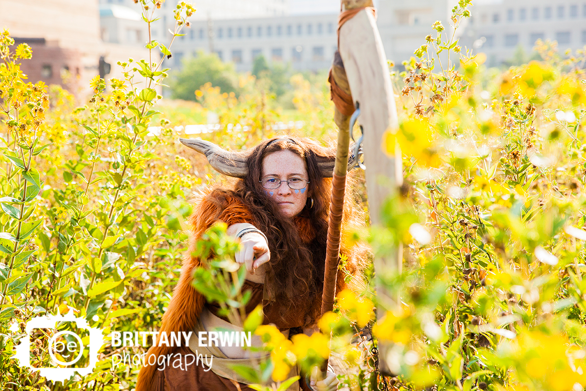 Indianapolis-GenCon-cosplay-costume-Gruff-card-game-character-photographer.jpg