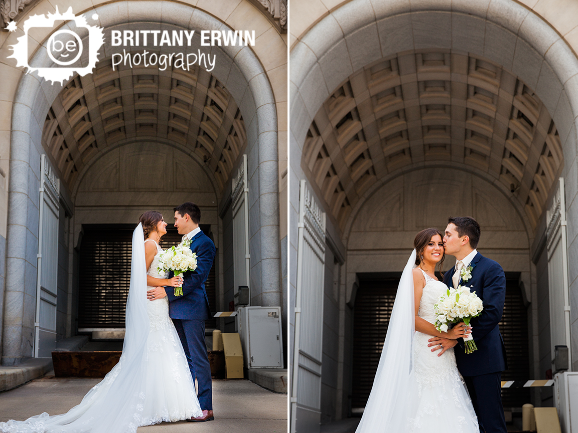 Indianapolis-wedding-photographer-downtown-Indy-bridal-portrait-couple-kiss.jpg