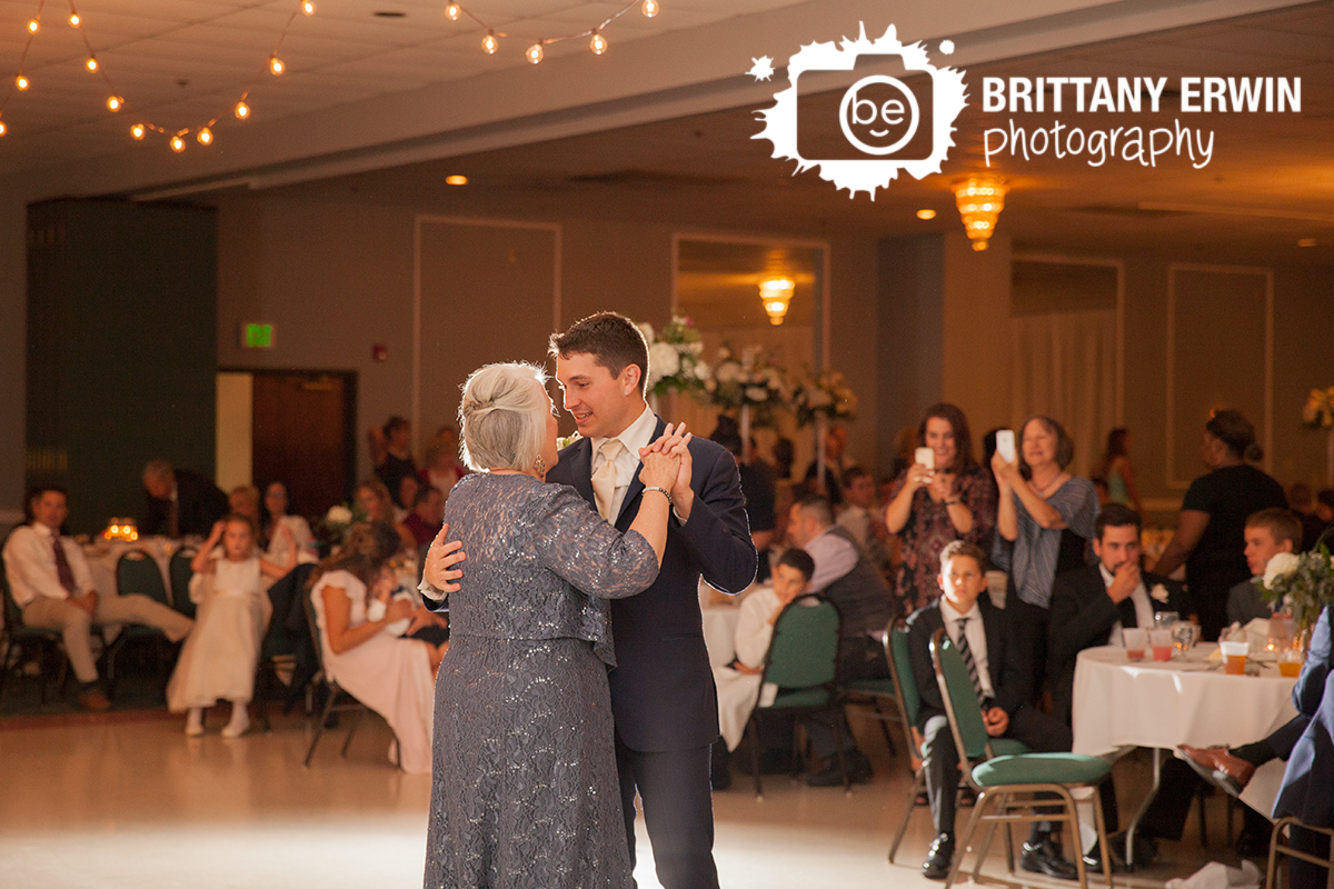 Indianapolis-wedding-reception-the-palms-photographer-mother-son-dance.jpg
