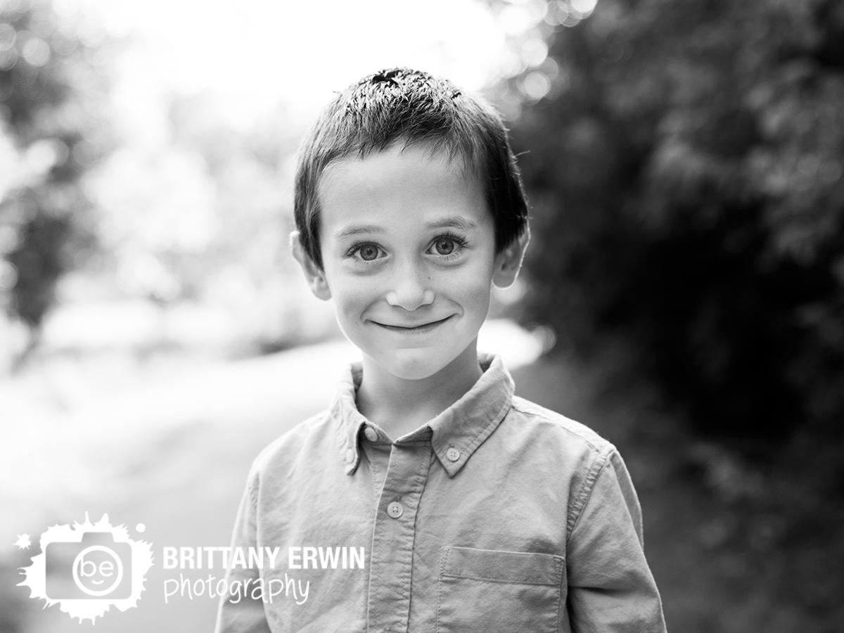 Indianapolis-portrait-photographer-nature-park-boy-on-path.jpg
