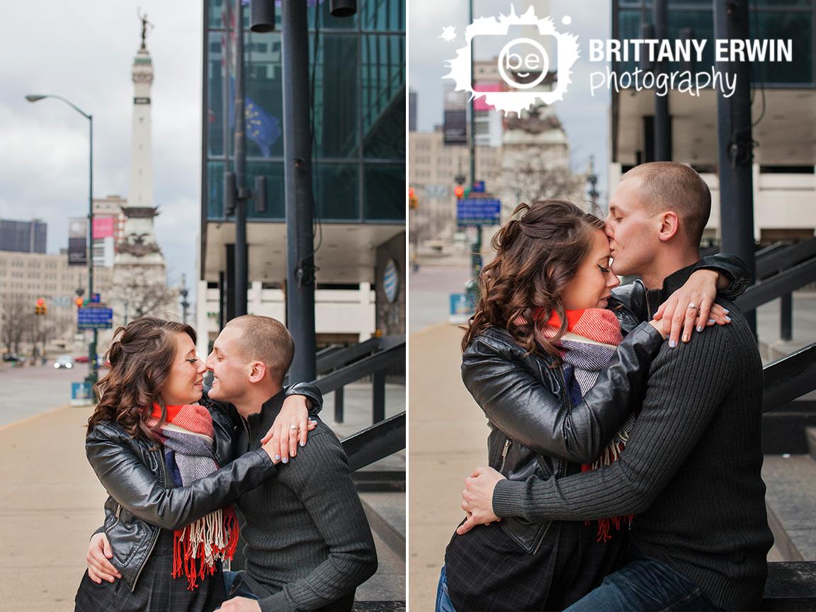 Downtown-Indianapolis-monument-circle-skyline-couple-portrait-engagement-photographer.jpg