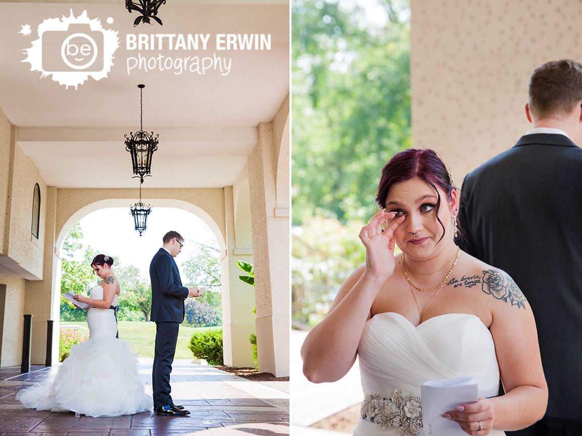 Indianapolis-wedding-photographer-Hillcrest-Country-Club-couple-read-letters.jpg