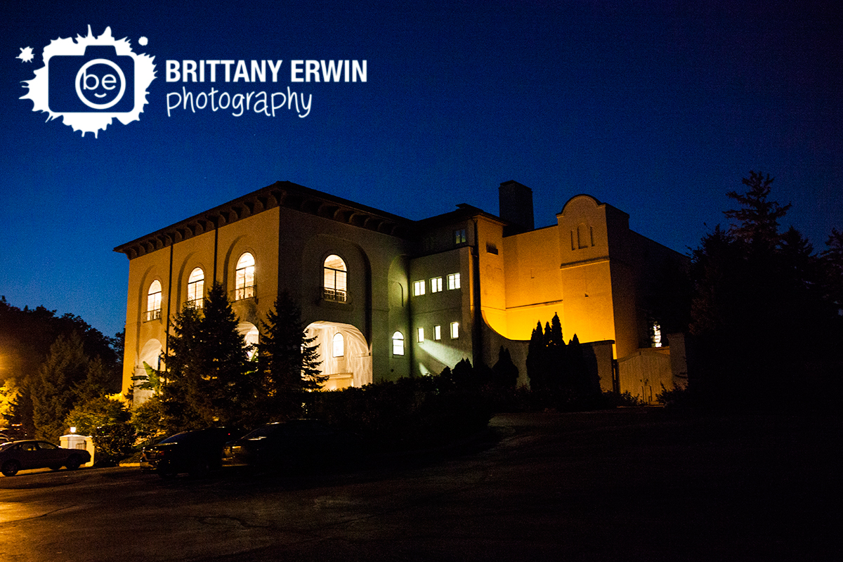 Indianapolis-Hillcrest-Country-Club-wedding-photographer-evening-venue.jpg