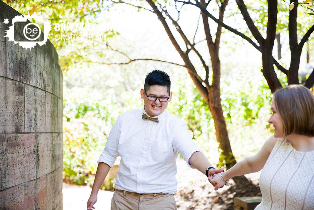 Downtown-Indianapolis-Eiteljorg-museum-elopement-photographer-couple-fun-walking.jpg