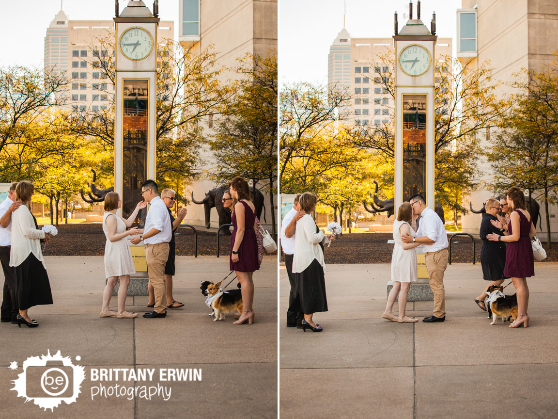 Downtown-Indianapolis-elopement-photographer-clock-Indiana-State-Museum-first-kiss-ceremony.jpg