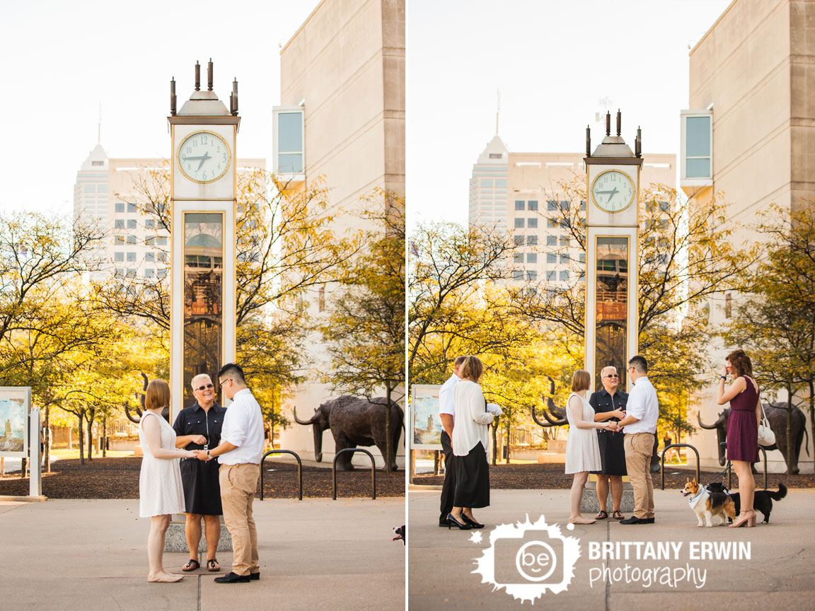 Downtown-Indianapolis-Indiana-State-Museum-elopement-ceremony-photographer-clock.jpg