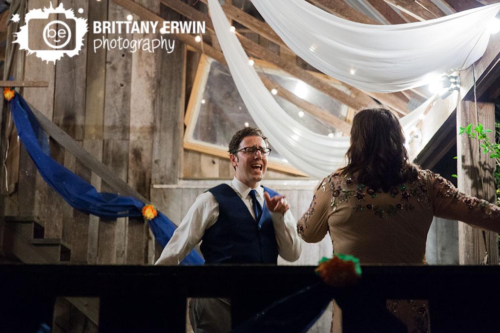 Story-Inn-Brown-County-Indiana-wedding-photographer-dance-floor.jpg