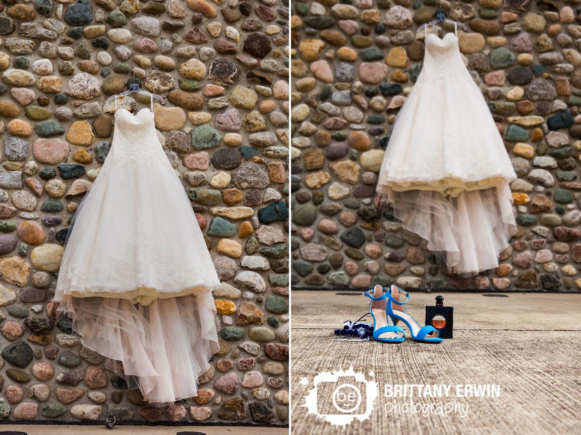 Purgatory-Golf-Club-rock-wall-chimney-sophias-gown-dress.jpg