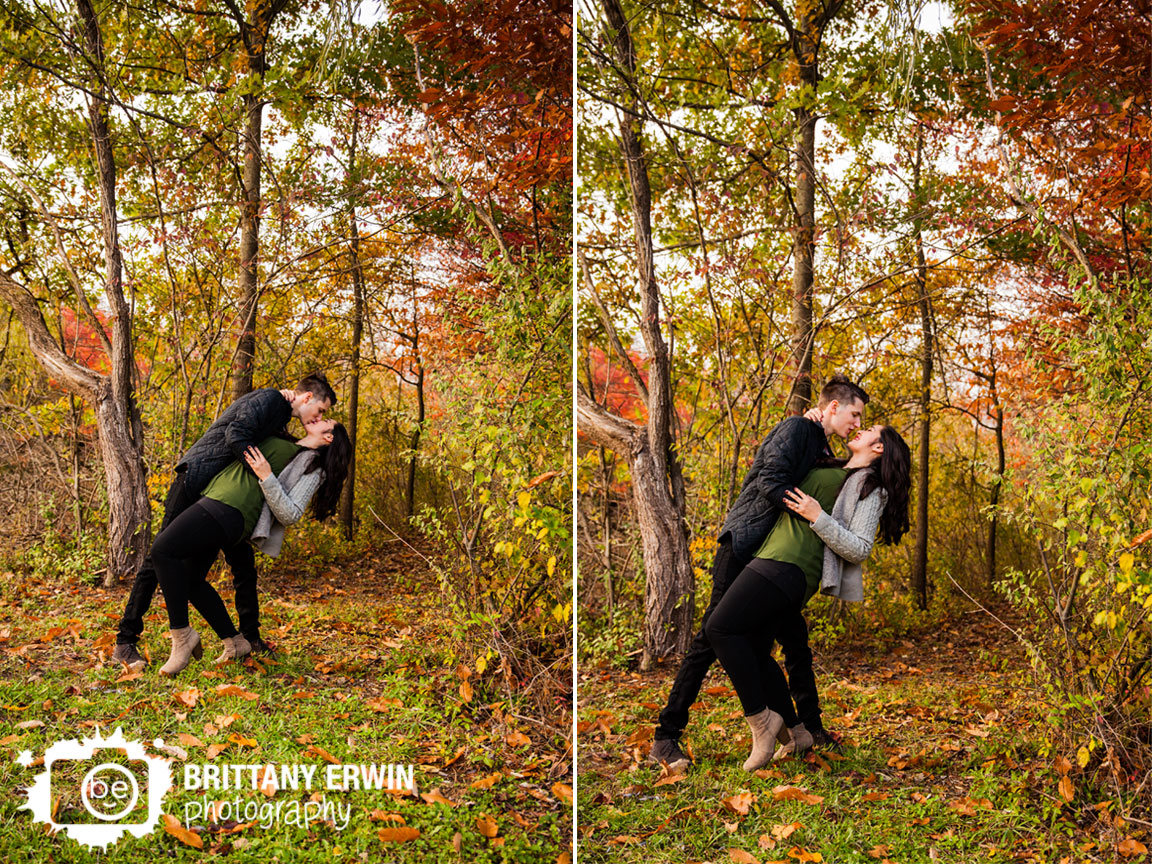 Indianapolis-engagement-photographer-couple-dip-and-kiss-fall-autumn-leaves.jpg