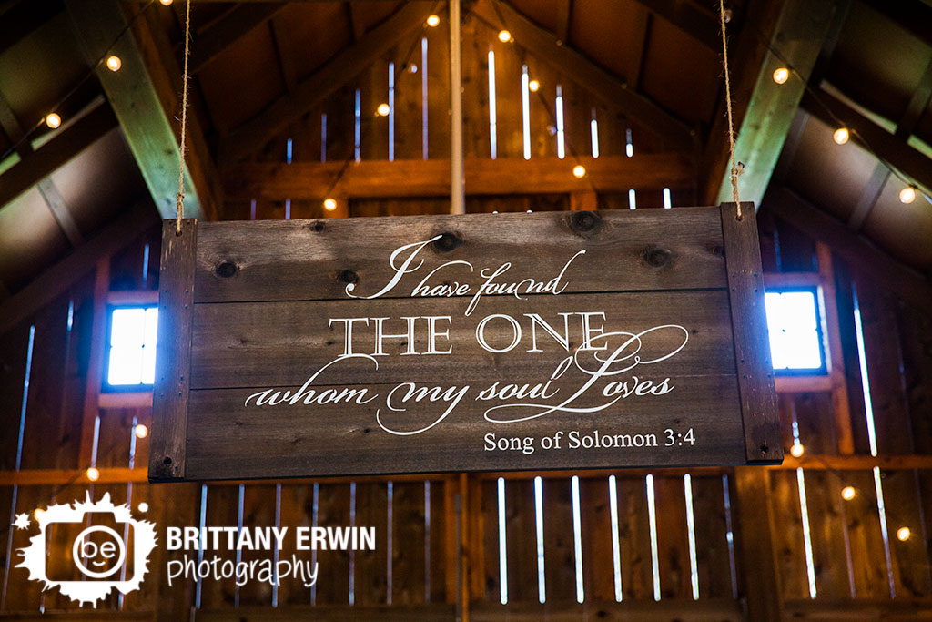 Barn-at-Kennedy-Farm-wedding-ceremony-photographer-quote-hanging.jpg