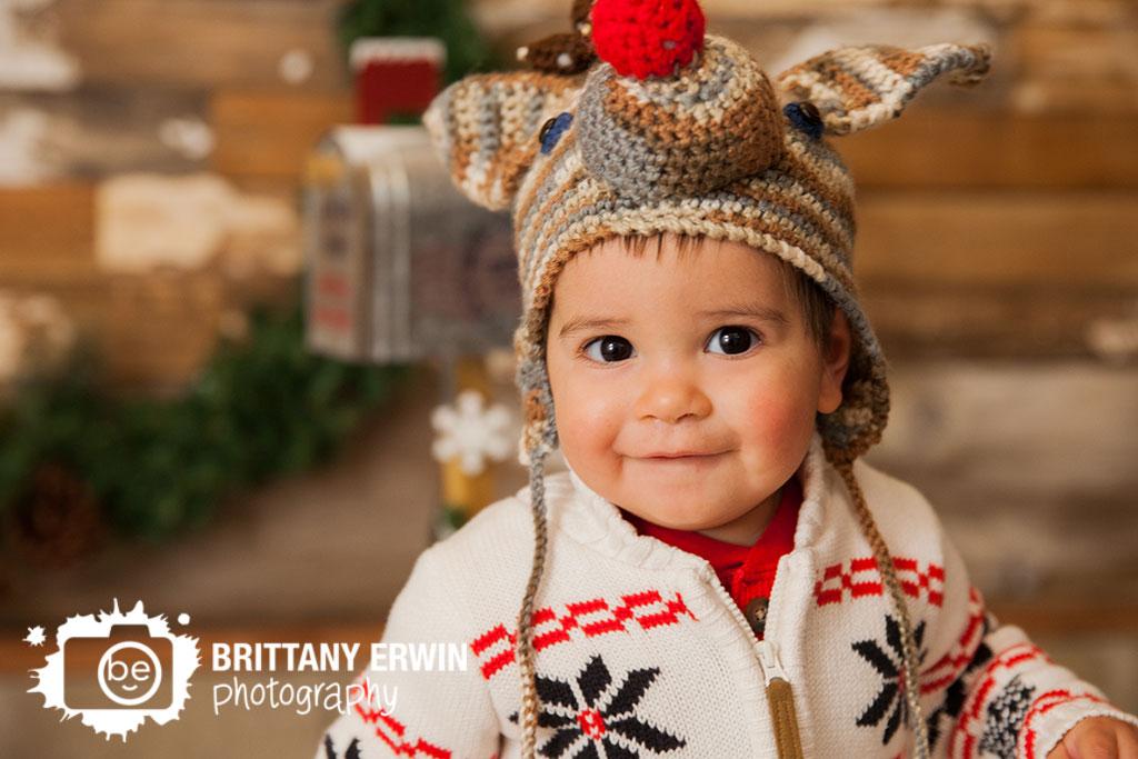 speedway-indiana-christmas-portrait-mini-session-rudolph-hat-baby-boy.jpg