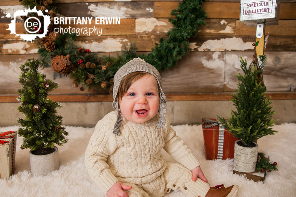 Speedway-christmas-mini-session-photographer-baby-boy-hat-sweater-onsie.jpg