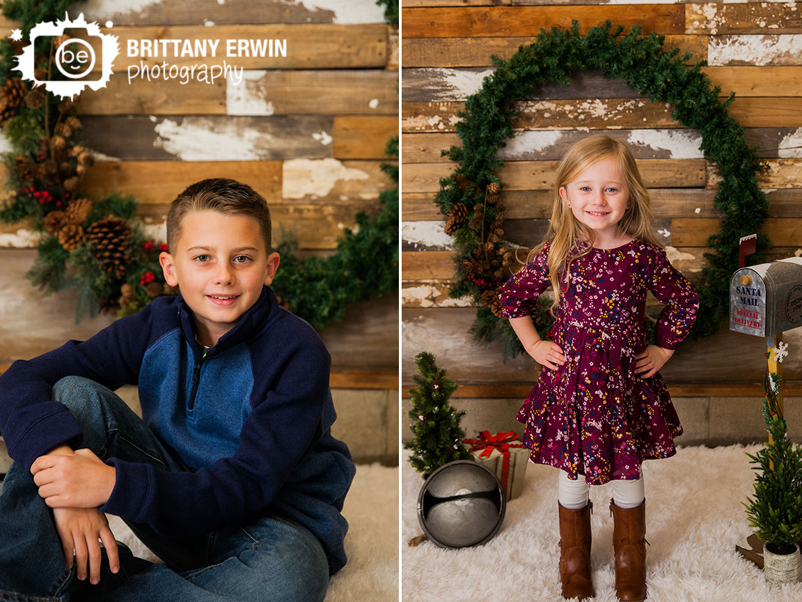 Speedway-christmas-studio-portrait-photographer-mini-session-wreath-wood-wall.jpg